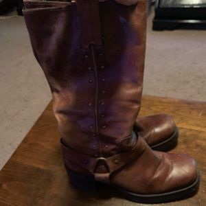 MIA boots from the Buckle